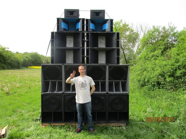 JahdeMars Recidivist on WAZ IRIE SOUND in France, big ups king!\\n\\n17/05/2015 13:17