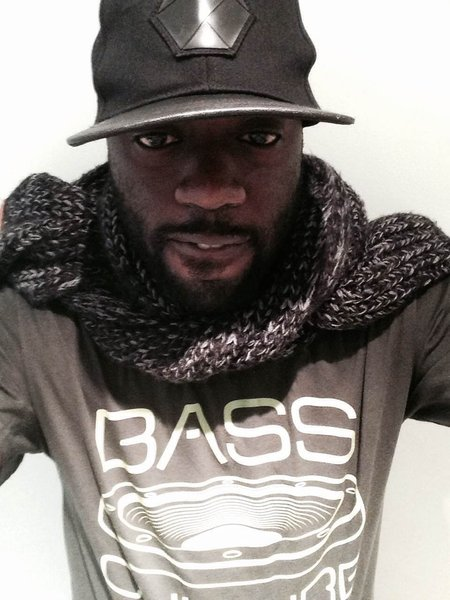 Ryon Edwards modeling a Bass Culture T, big up Ryon!\\n\\n13/01/2015 11:05