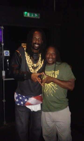 General Levy & Junior Dread in Tunbridge Wells, roots representing with Ital Tees!\\n\\n19/08/2014 16:43
